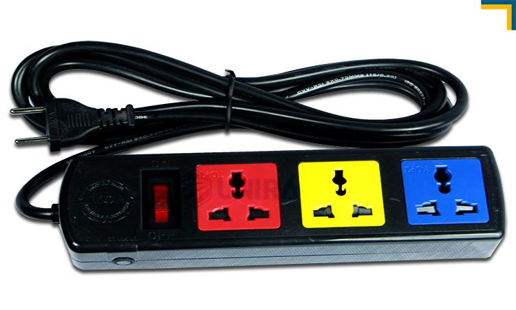 Ổ điện lioa 3 chấu lắp trong tủ rack 6u